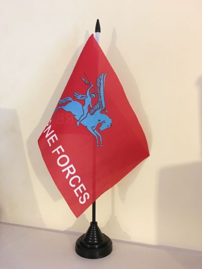 PEGASUS AIRBORNE TABLE FLAG (MEDIUM 22.5cm x 15cm)